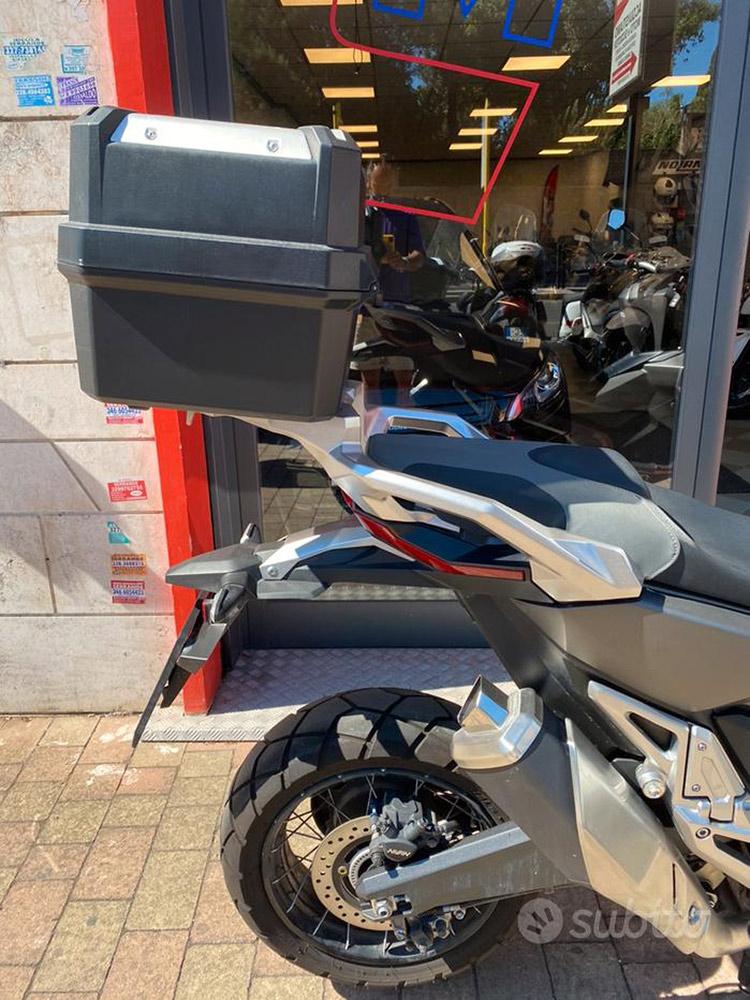 Costantini Moto Honda X-adv 750 Abs 2019 Posteriore