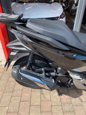 Costantini Moto Honda Forza 300 Laterale Posteriore