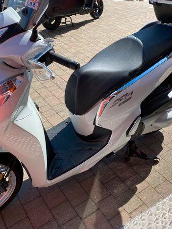 Costantini Moto Honda Sh 300 Lato Sinistro