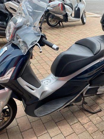 Costantini Moto Piaggio Beverly 300 Blu Lato Sinistro