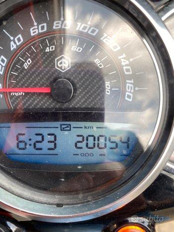 Costantini Moto Piaggio Beverly 300s Rosso Corallo Km