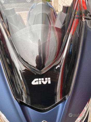 Costantini Moto Suzuki Burgman 400 Dettaglio Cupolino