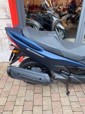 Costantini Moto Suzuki Burgman 400 Posteriore Laterale